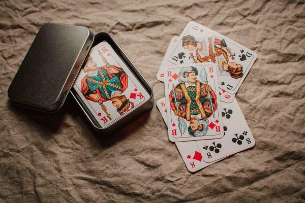 Spielkarten Blechdose